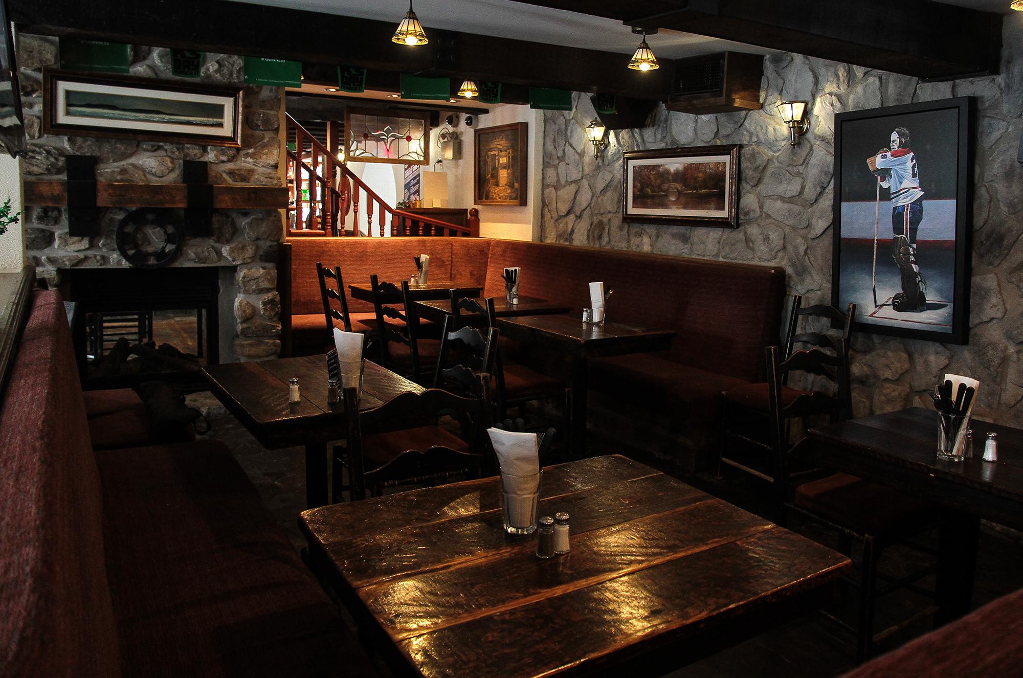 Ye Olde Orchard Pub West Island
